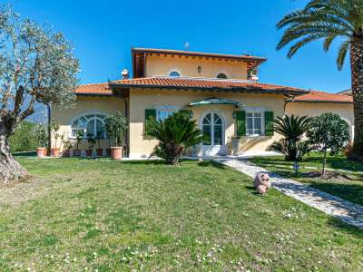 Image 27 | 4 bedroom villa for sale with 0.25 hectares of land, Forte dei Marmi, Lucca, Tuscany 223156