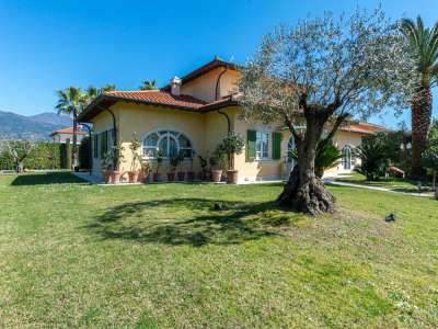 Image 32 | 4 bedroom villa for sale with 0.25 hectares of land, Forte dei Marmi, Lucca, Tuscany 223156