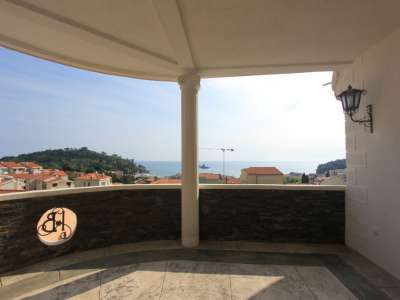 Image 6 | 6 bedroom villa for sale with 613m2 of land, Petrovac, Budva, Coastal Montenegro 224459