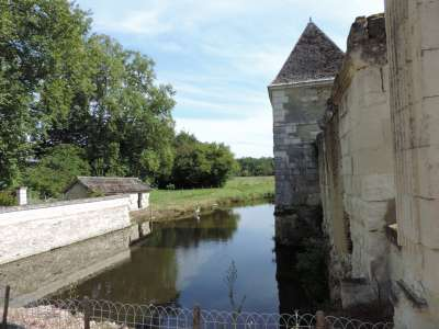 Image 2 | 7 bedroom French chateau for sale with 4.28 hectares of land, Chatellerault, Vienne , Poitou-Charentes 224553