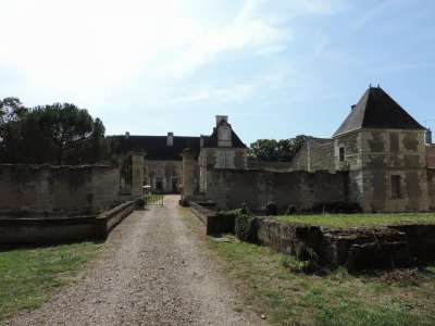 Image 3 | 7 bedroom French chateau for sale with 4.28 hectares of land, Chatellerault, Vienne , Poitou-Charentes 224553