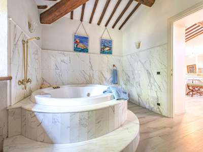 Image 16   4 bedroom farmhouse for sale with 16 hectares of land, Greve in Chianti, Florence, Chianti 224733