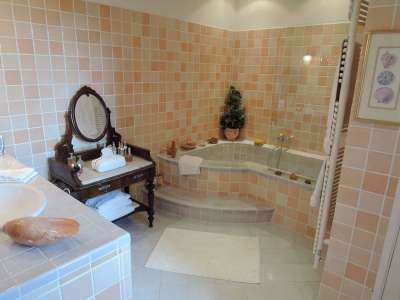 Image 12   6 bedroom house for sale with 3 hectares of land, Aups, Var , Provence 225675