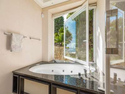 Image 9   5 bedroom villa for sale with 0.22 hectares of land, Roquebrune Cap Martin, French Riviera 225824
