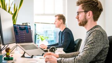 [Interview] Comment les avis des clients influent sur le travail de toutes les équipes - avec Baptiste, Customer Care Manager