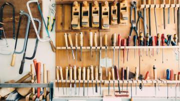 Les 10 outils indispensables pour attaquer des travaux