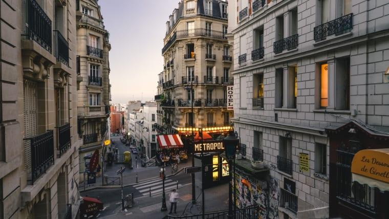 Acheter à Paris: un cas très particulier