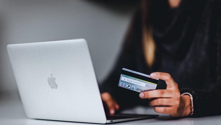 La banque en ligne: une solution de plus en plus prisée