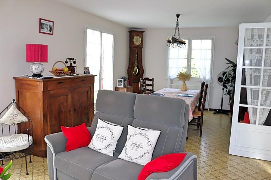 Maison traditionnelle avec Grand Garage - 33350 St Pey de Castets