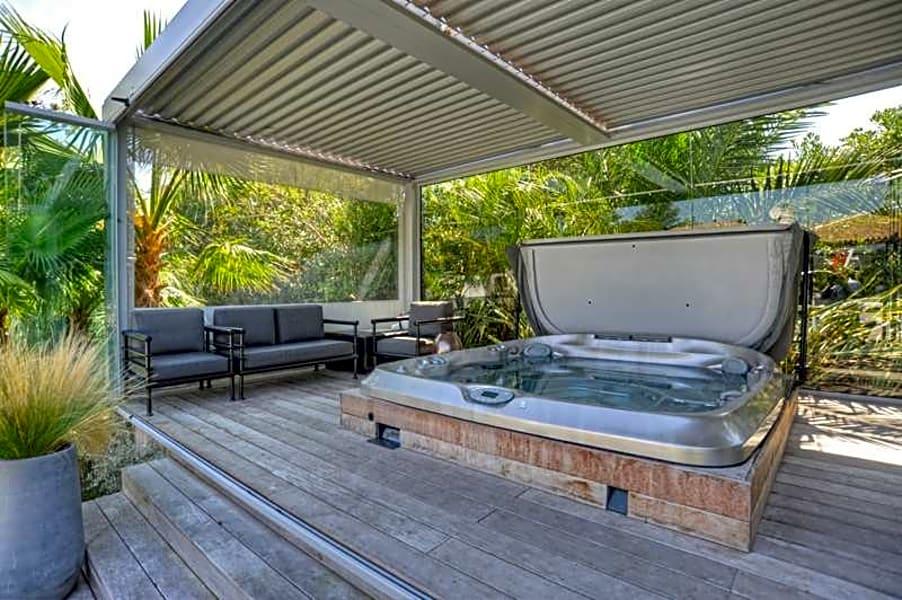 location vacances Ref. 002570P - Villa 'Yin & Yang'