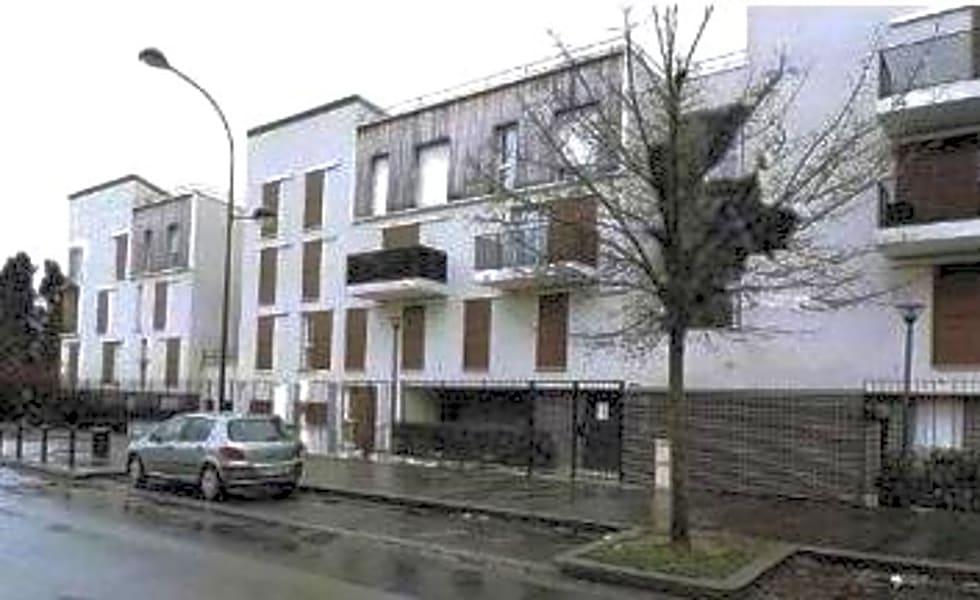 GRAND STUDIO AVEC PLACE DE PARKING RENTA BRUT 6.06%
