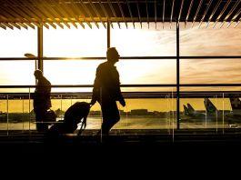sharjah airport lounge