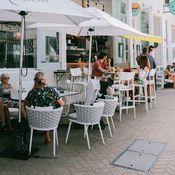 La Patisserie Cafe