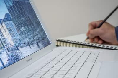 rédaction en ligne