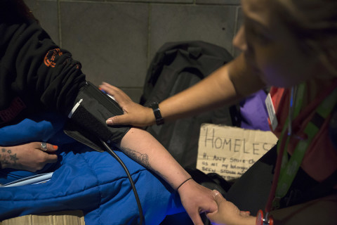 Night Nurses: health care on the pavement