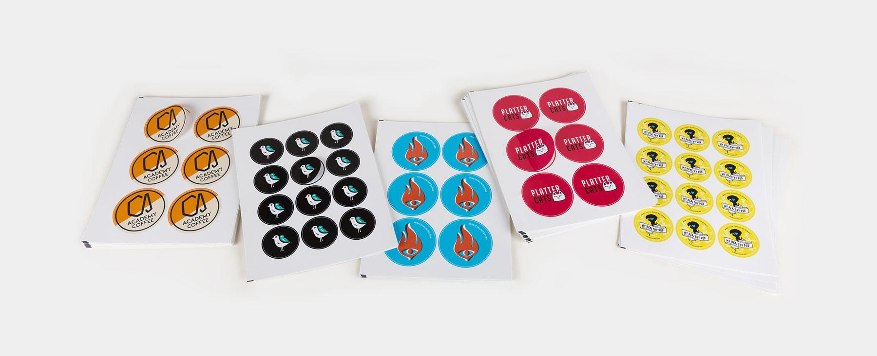 Planches d'étiquettes rondes de Sticker Mule