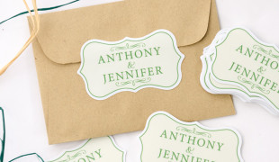 Wedding_stickers_to_seal_envelopes_and_invitations