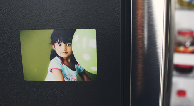 Custom_photo_magnet_of_a_young_girl