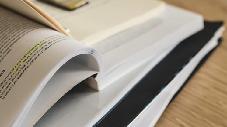 Thumbnail do post Apostilas de treinamento: 3 motivos para sua empresa apostar nos materiais