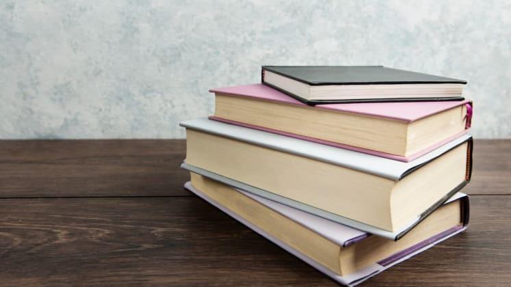 Thumbnail do post 4 ideias de encadernação para livros, apostilas e relatórios