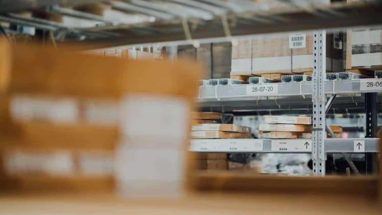 Thumbnail do post 5 dicas para uma organização de estoque eficiente