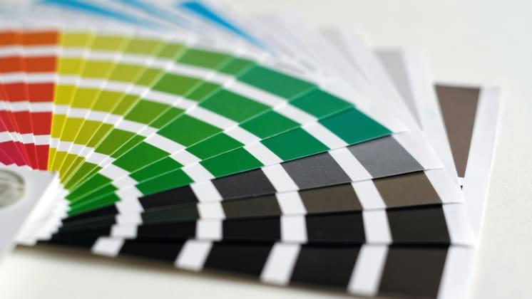 Thumbnail do post 4 segredos de psicologia das cores no marketing para impressos