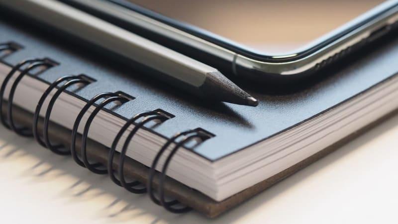 Imagem de destaque do post Por que investir em bloco de notas personalizado para empresas?
