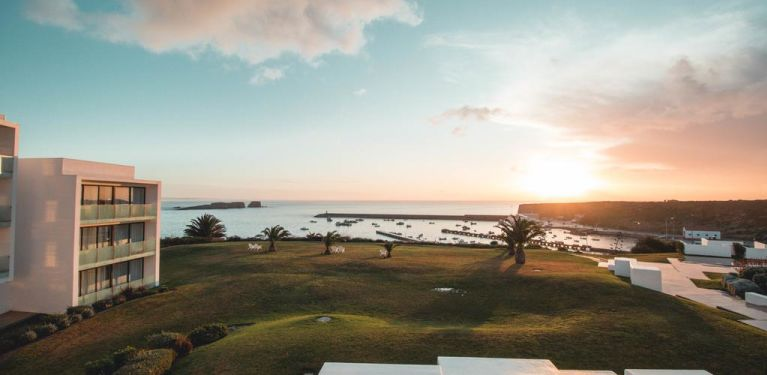 Memmo Baleeira - Design Hotels algarve