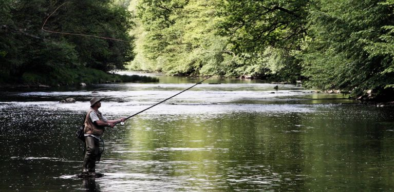 pêche sur rivière gacka croatie