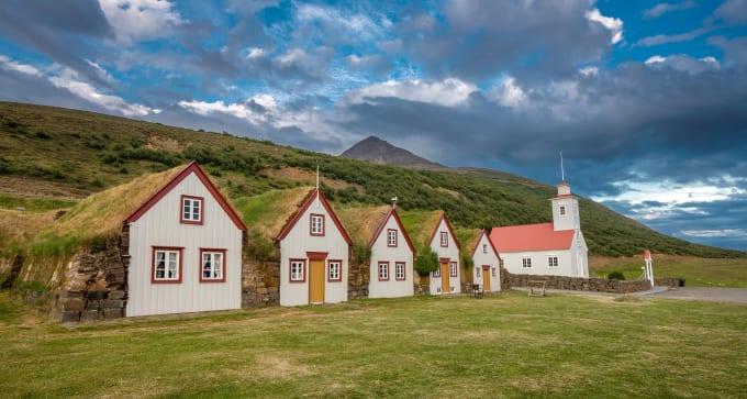 Jour 2 : Keflavík – Borgarfjörður – Akureyri