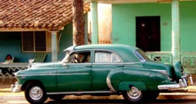 Jour 9 : Pinar del Rio-Viñales – La Havane (environ 2h)