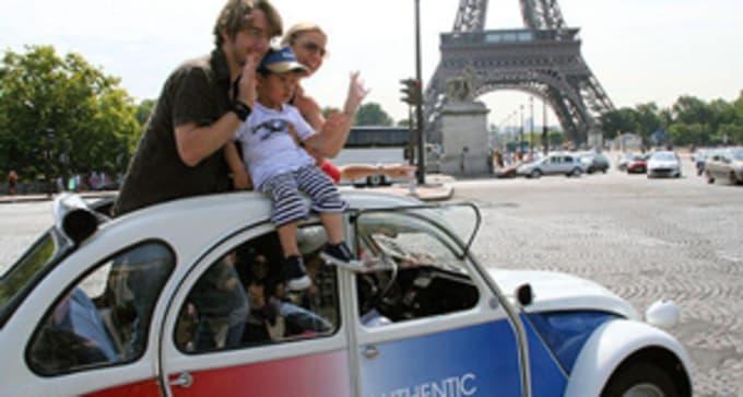 Option activité 7 : Tour légendaire de Paris en 2CV - Expérience authentique et insolite (à partir d