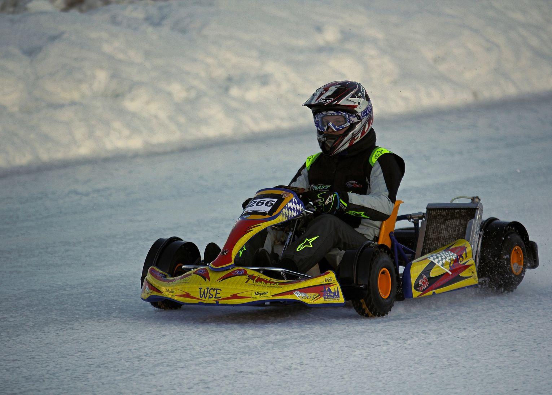 Karting sur glace laponie