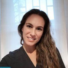 Klga. Macarena Correa