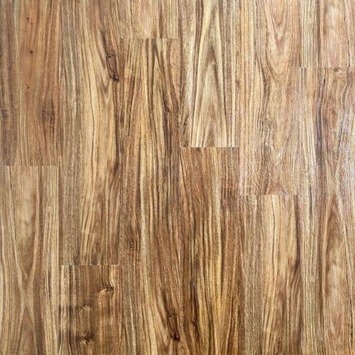 Hilltop - Essential Timber Lodge