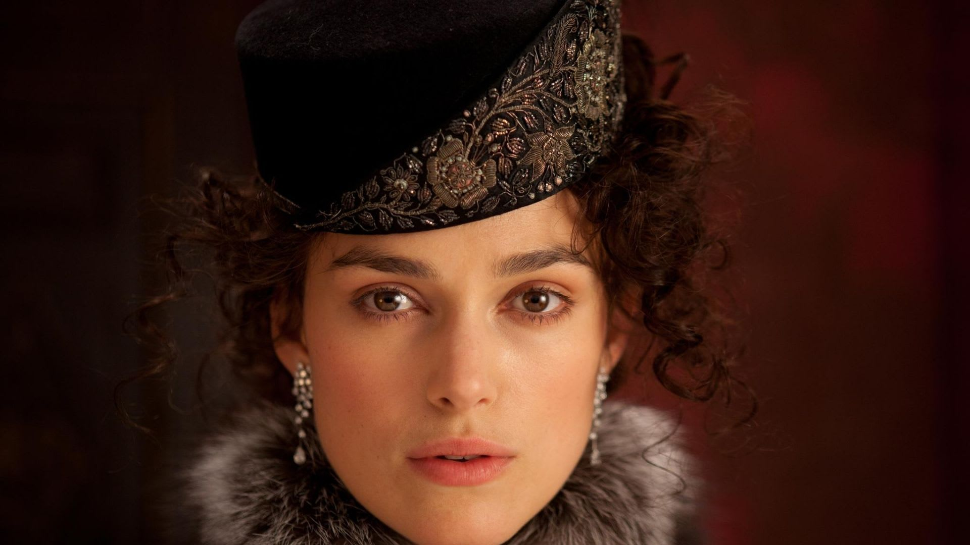 Keira Knightely al suo primo ruolo da protagonista in una serie Tv