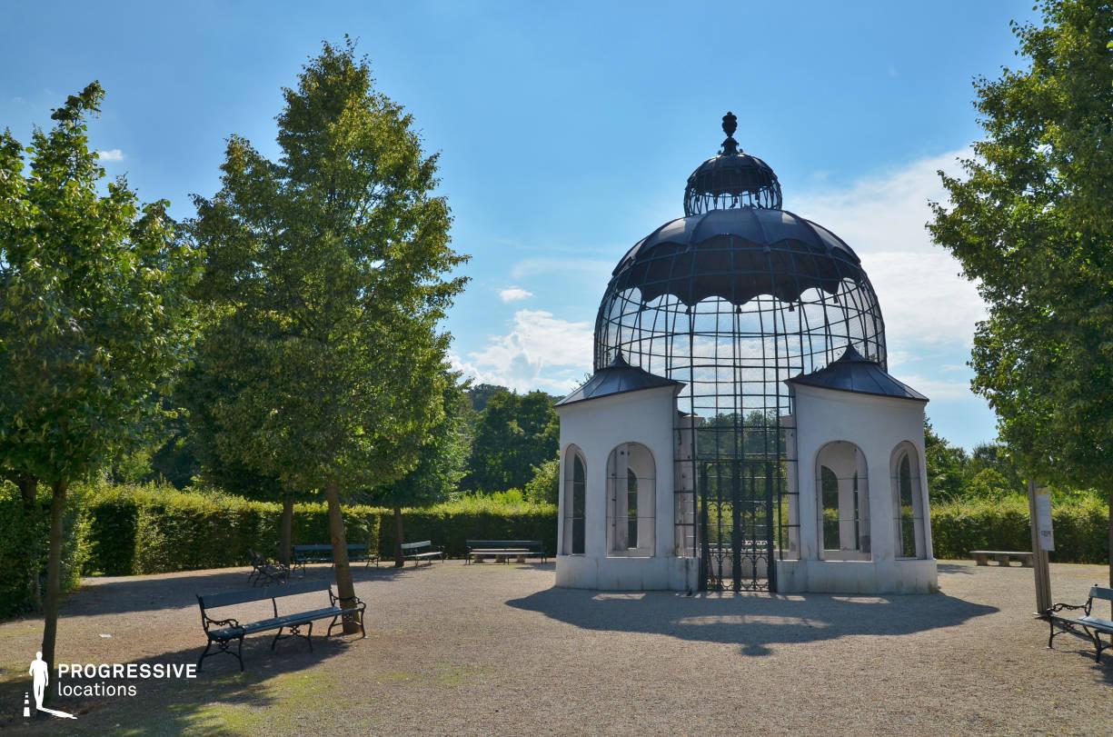 Locations in Austria: Garden %26 Dovecote, Schoenbrunn Palace