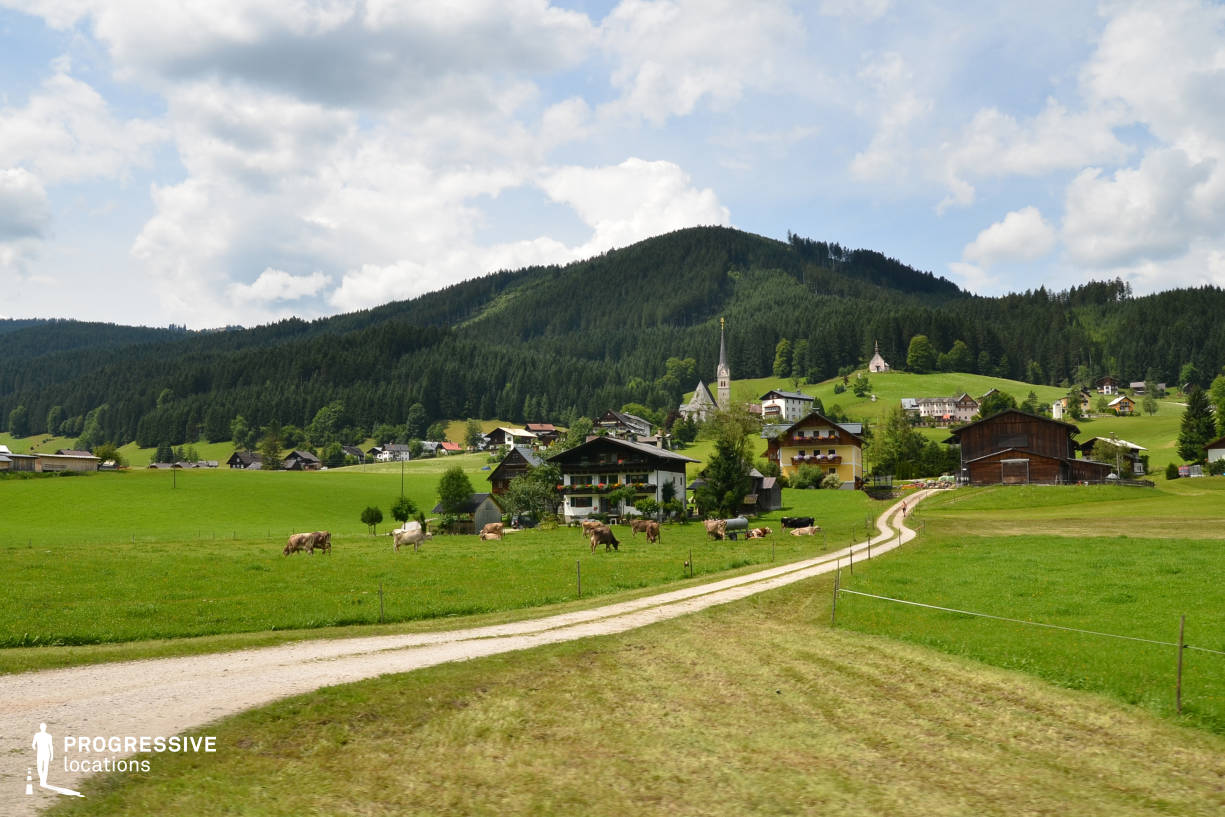 Locations in Austria: Village View, Gosau