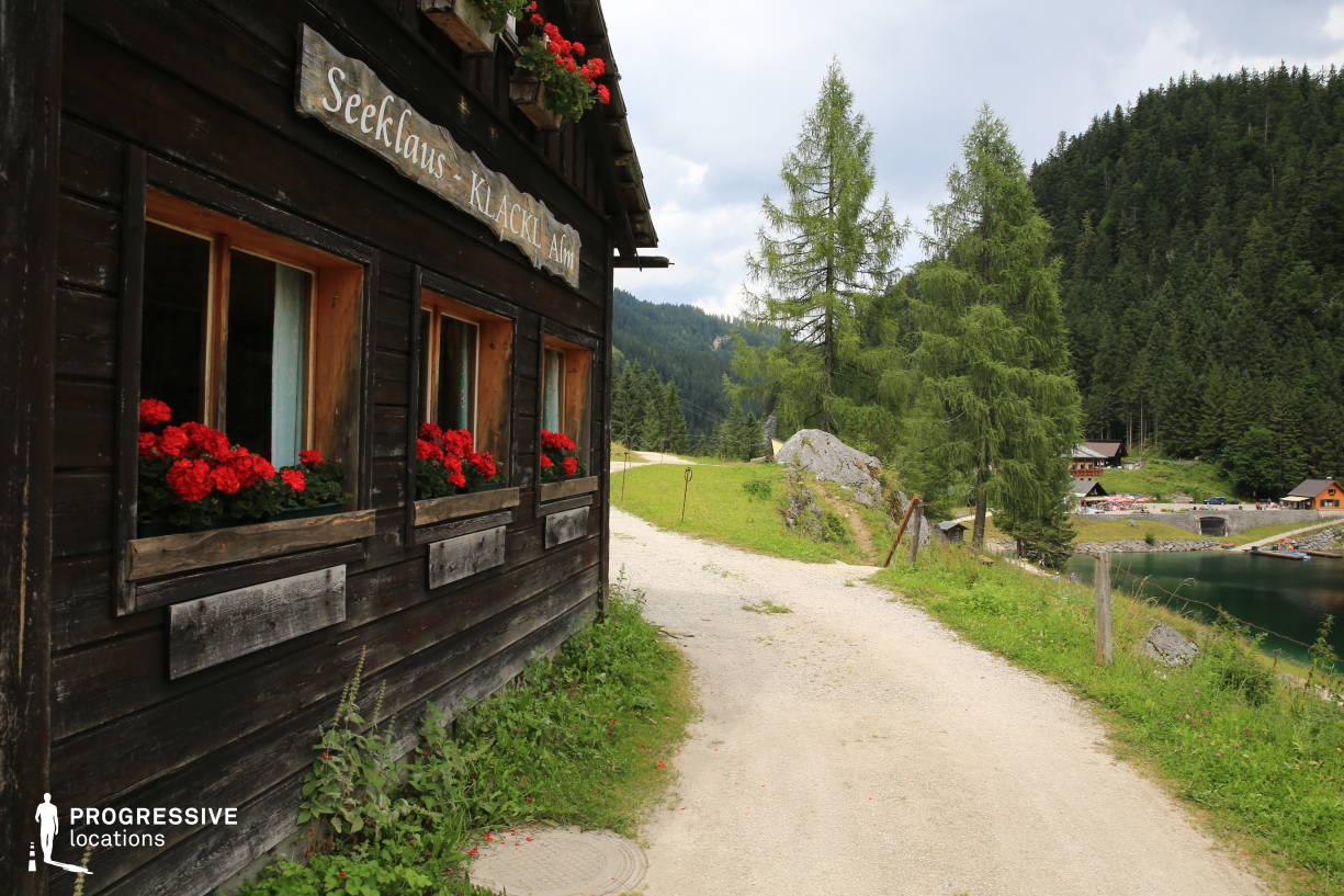 Locations in Austria: Lakeside Hut, Gosausee