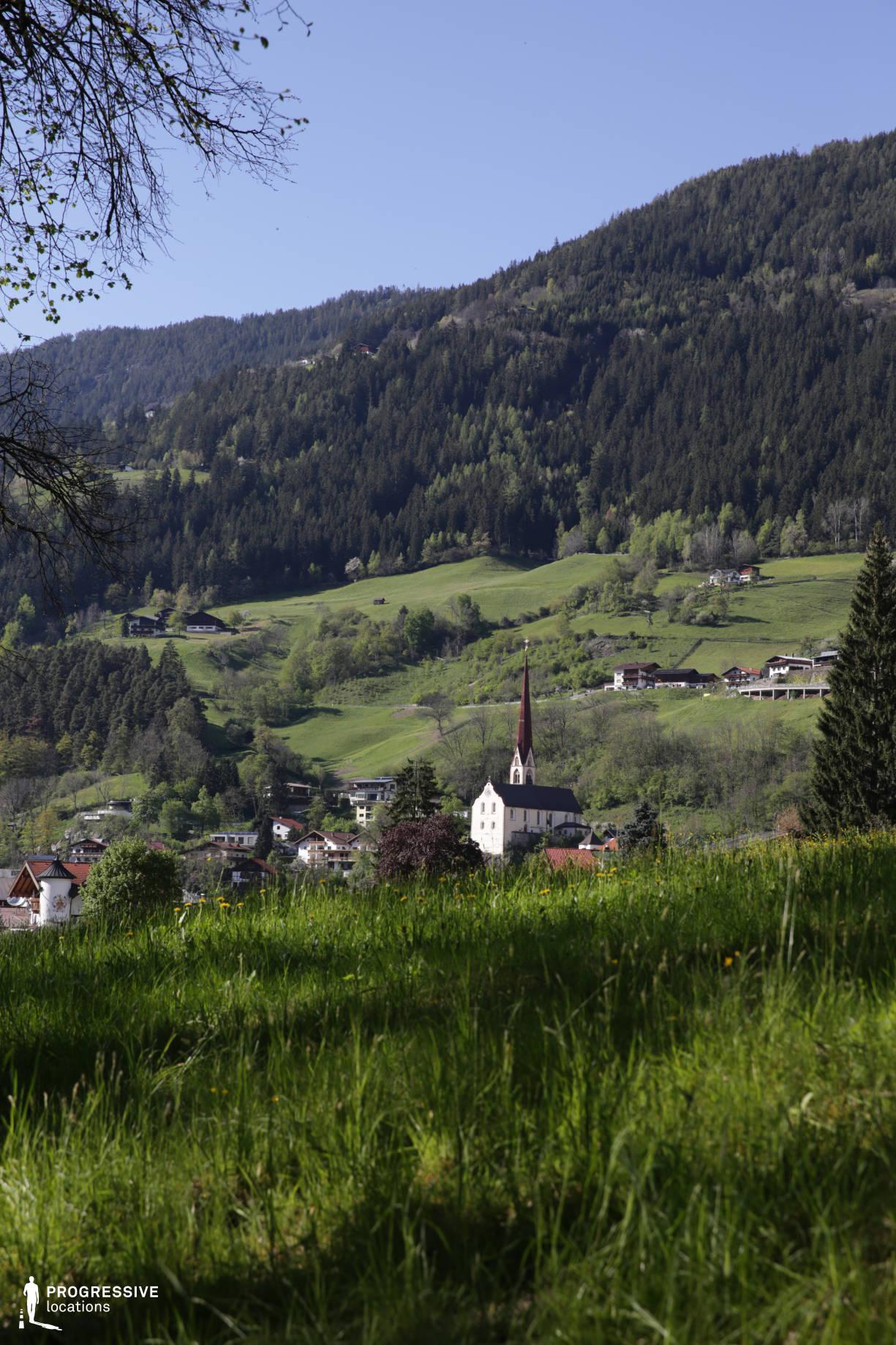 Locations in Austria: Meadow %26 Church, Oetz