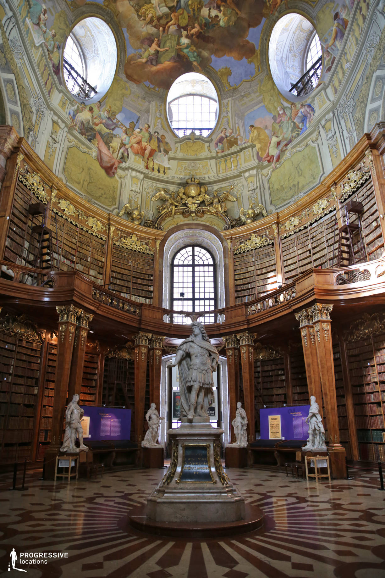 Locations in Austria: Great Reading Hall %26 Statue, National Library