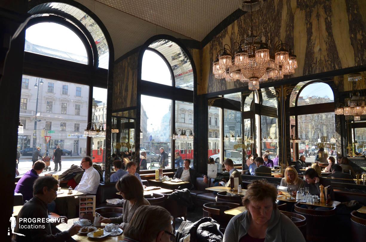 Locations in Austria: Mirror Hall, Cafe Swarzenberg