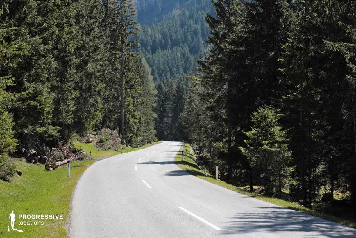 Locations in Austria: Road, Oetztal Valley