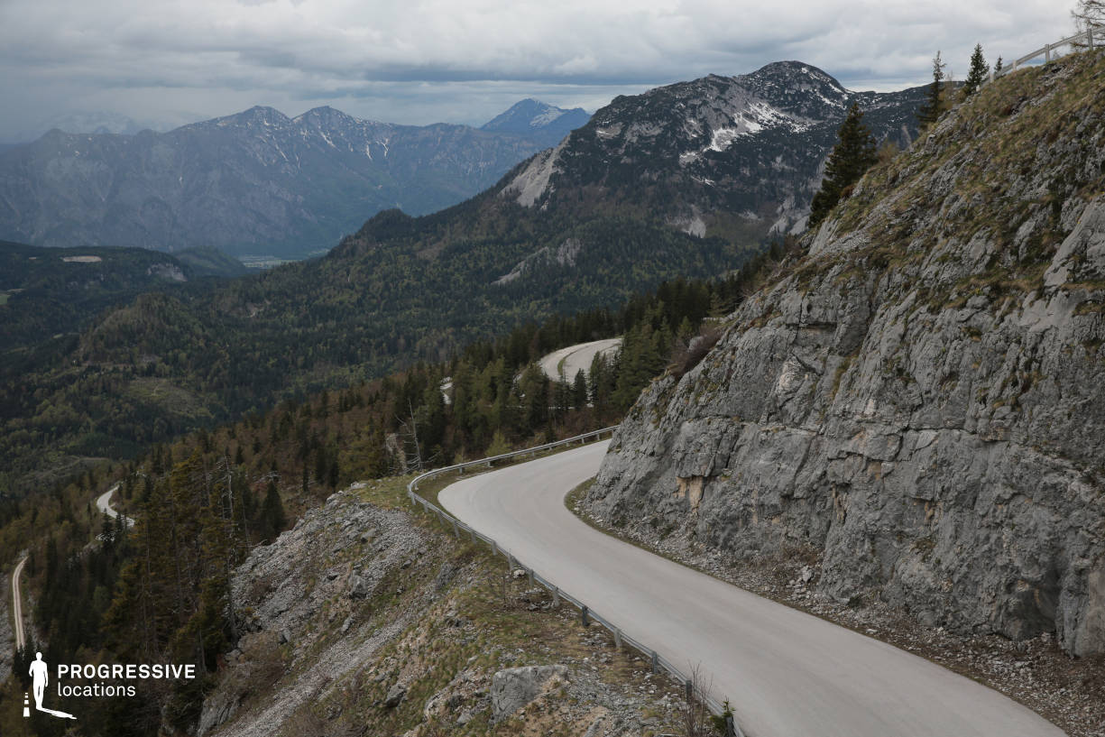 Locations in Austria: Winding Road with Hills, Loser