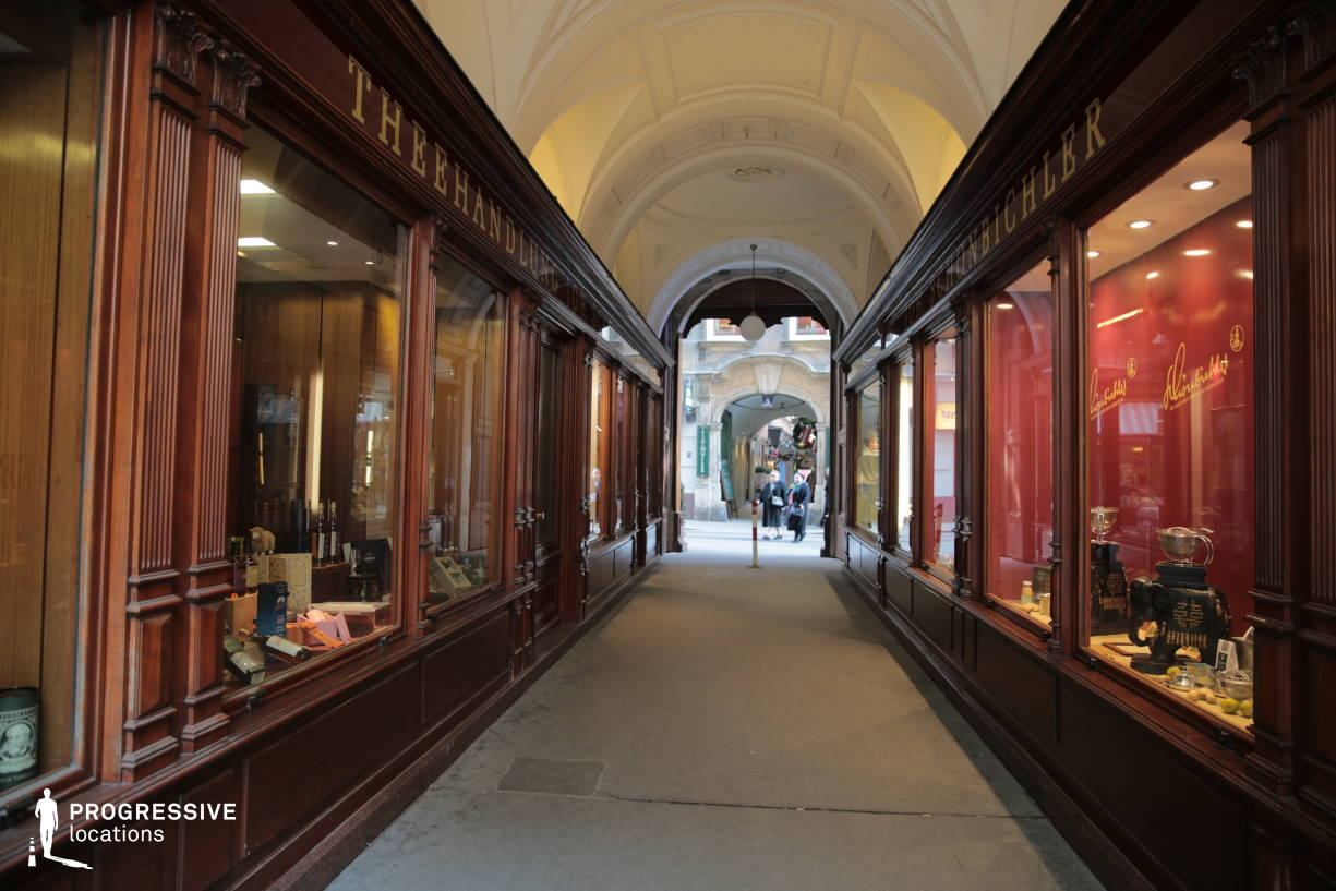 Locations in Austria: Shopping Windows, Wollzeile Arcade