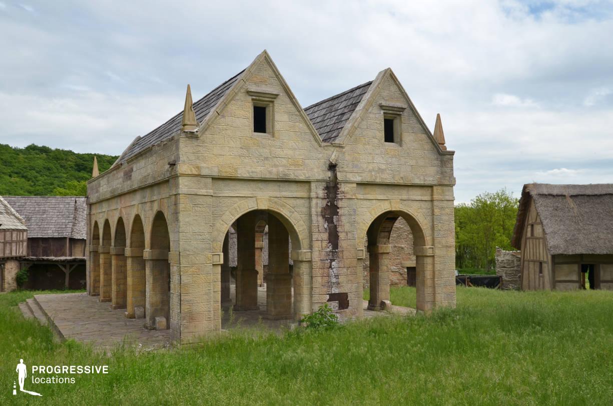 British Medieval Village Backlot: Main Square %26 Arcade