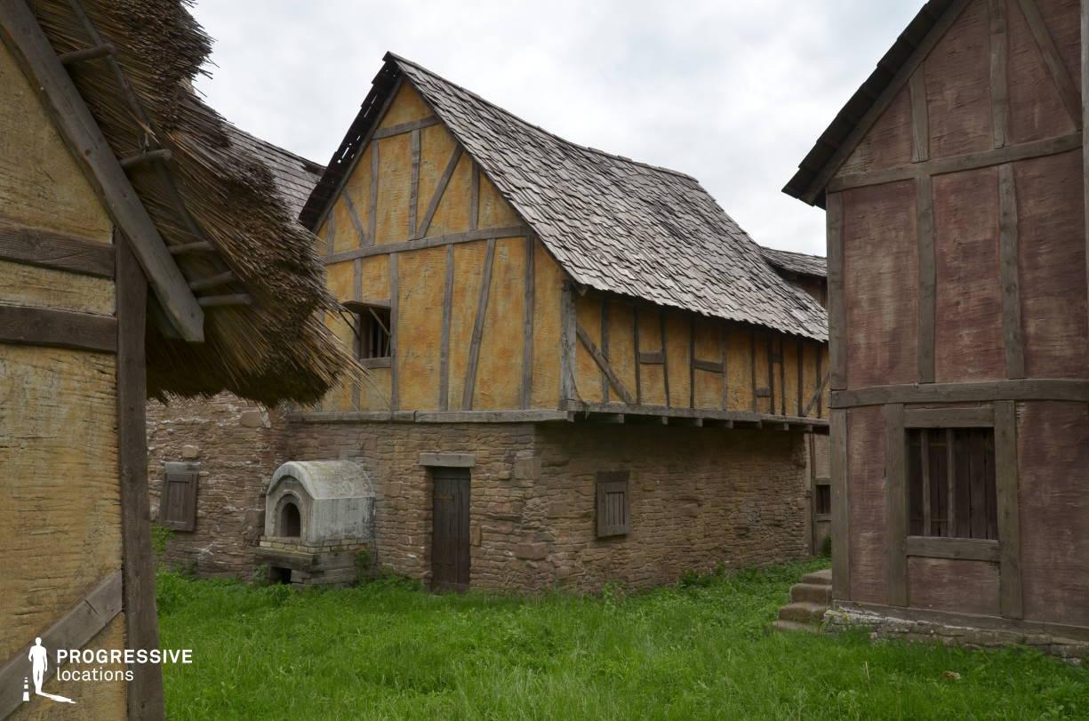 British Medieval Village Backlot: Houses %26 Oven