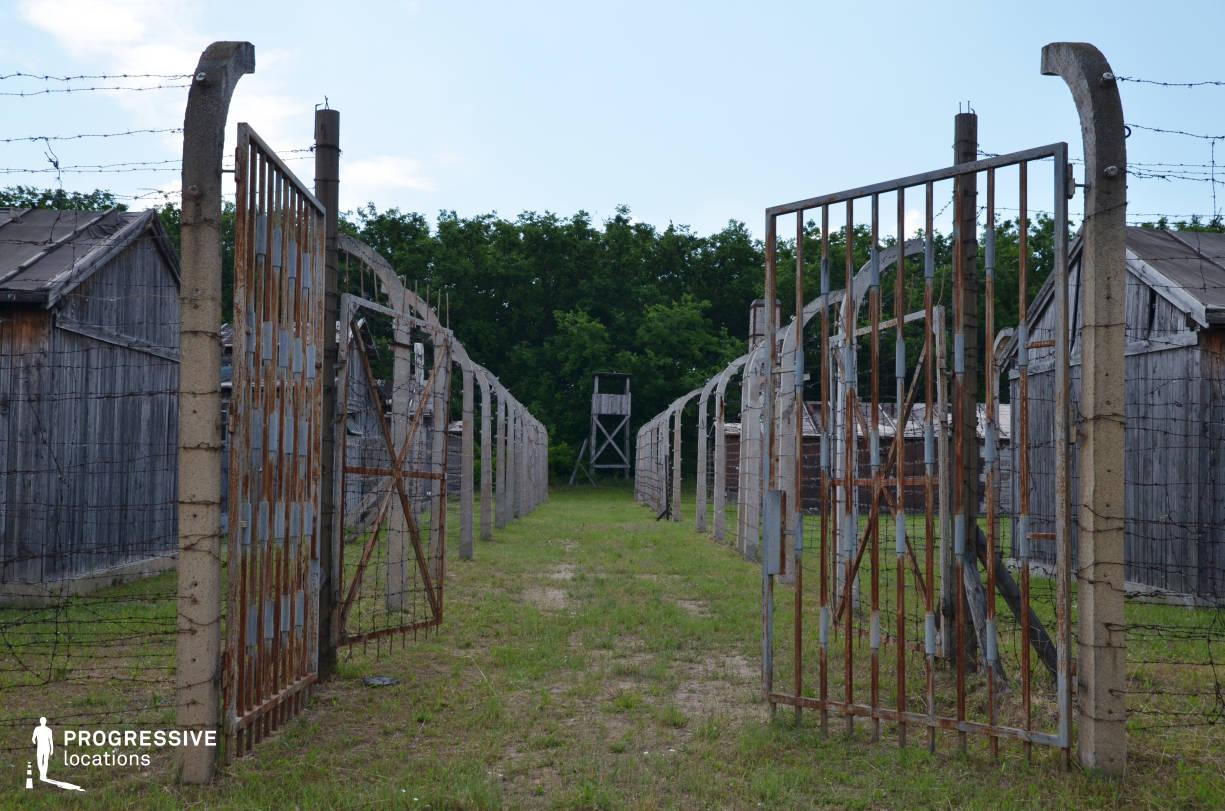 Labor Camp Backlot: Camp Gate
