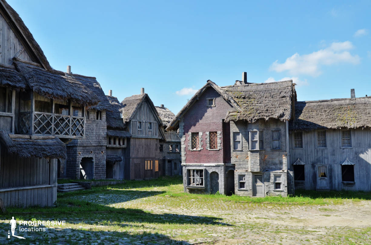 Medieval Town Backlot: City Square