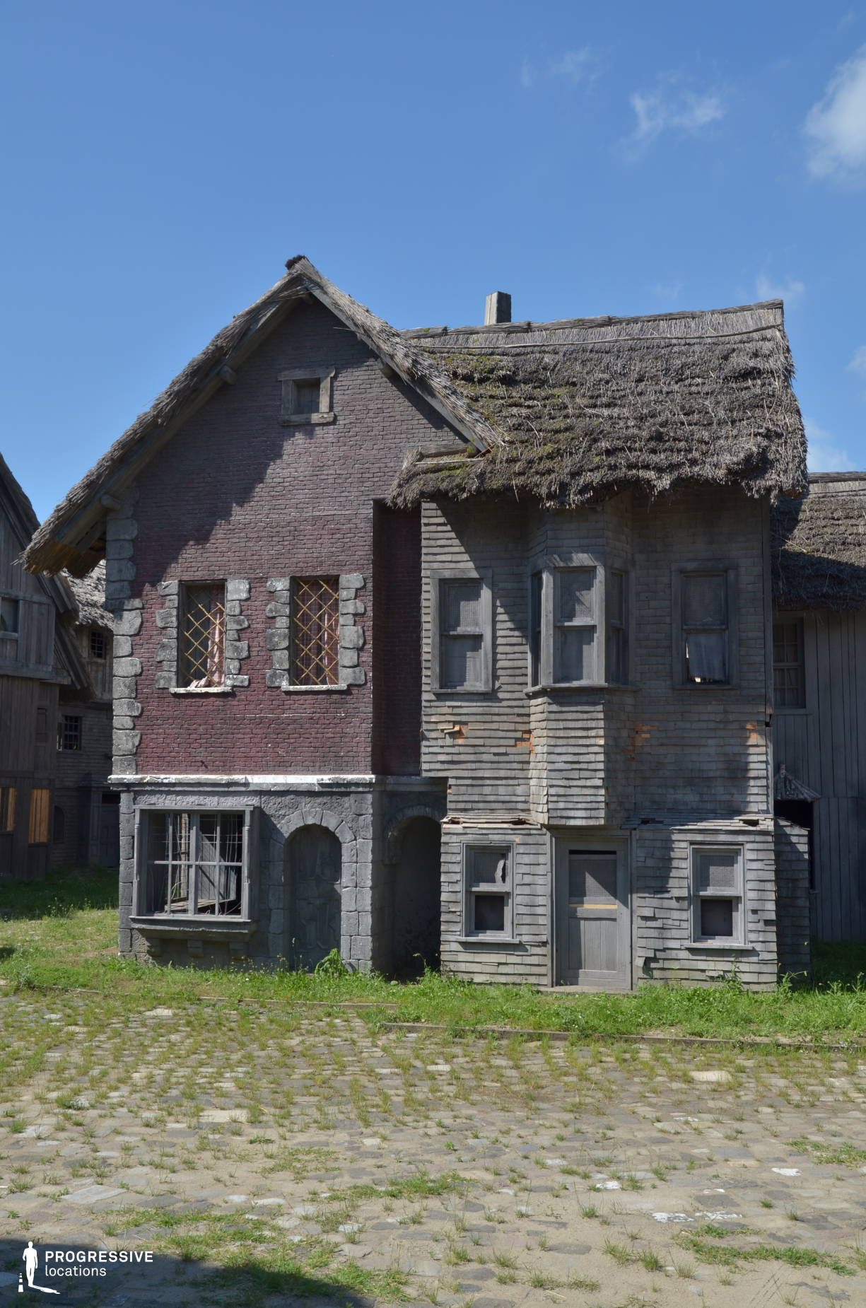 Medieval Town Backlot: Two Storey Houses